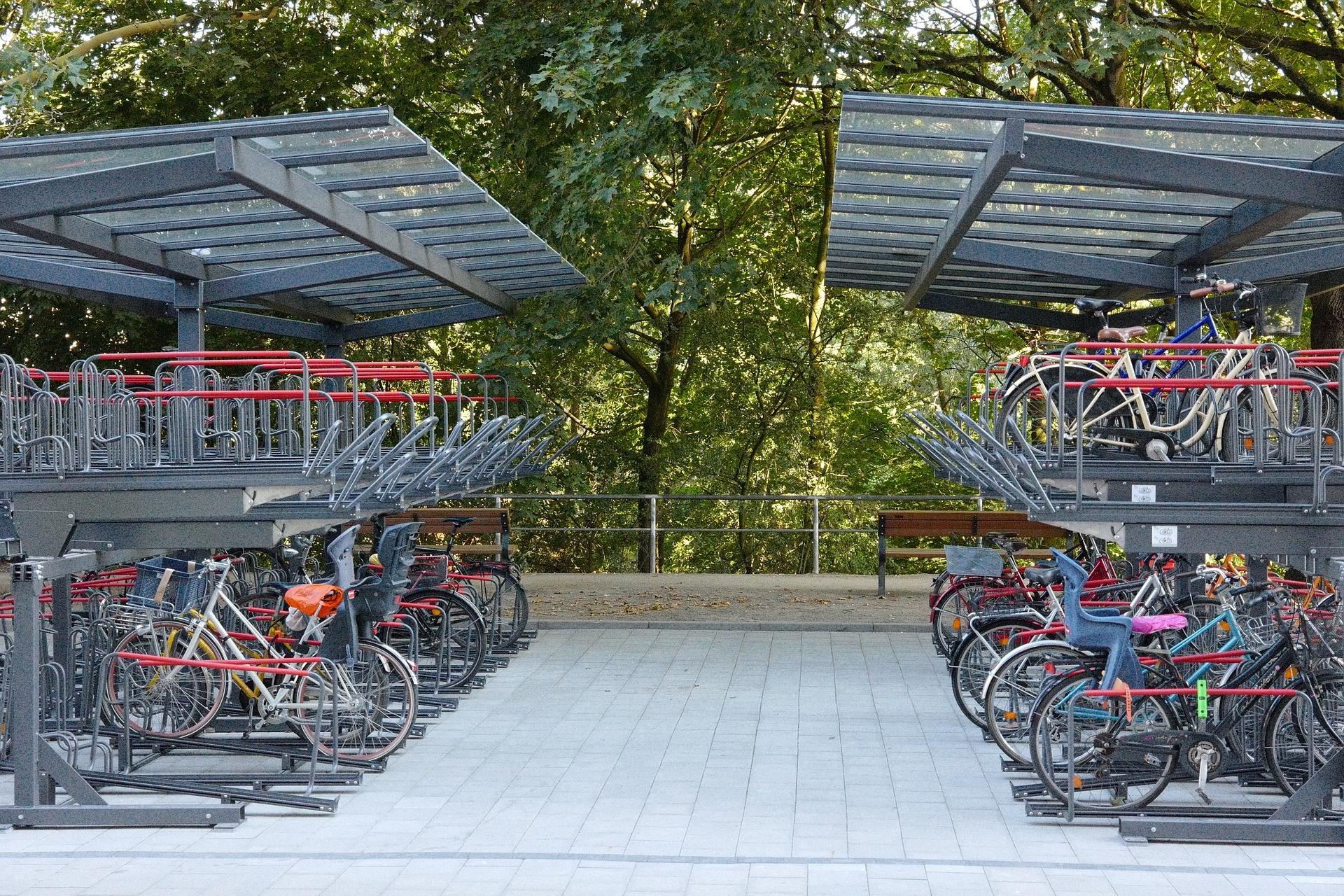 bike-racks-3606342_1920.jpg#asset:632
